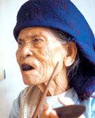 Nghệ nhân Hà Thị Cầu.