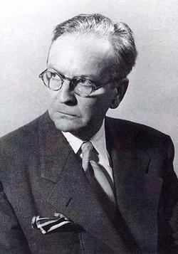 Nhà văn Raymond Chandler.