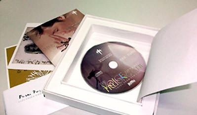Ấn bản đặc biệt của album Tiếng hát Trương Chi được thiết kế như một hộp quà. Ảnh: Nhacso.