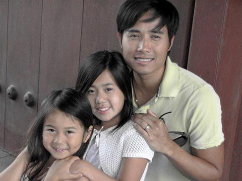 Trịnh Hội và hai con gái của Kỳ Duyên. Ảnh: N.S.