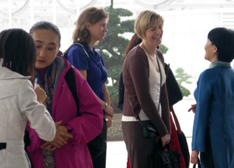 Hội nghị là cơ hội gặp gỡ của các dịch giả, nhà văn đến từ nhiều nước.