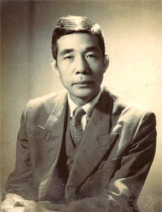 Nhà văn Nguyễn Huy Tưởng.