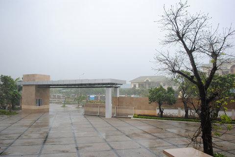 Thời tiết ở Phú Yên đang rất xấu. Các chuyến bay chở Ban giám khảo đều bị hủy. Ảnh: DL