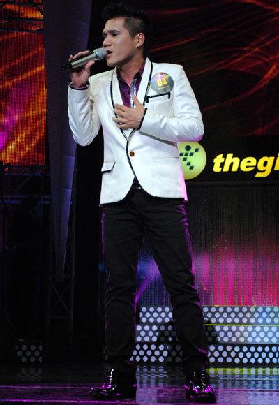 Lưu Viết Quang là ca sĩ nam được Mỹ Tâm yêu thích. Trong đêm diễn anh đã thể hiện được sự tinh tế và tạo được cảm xúc cho khán giả với