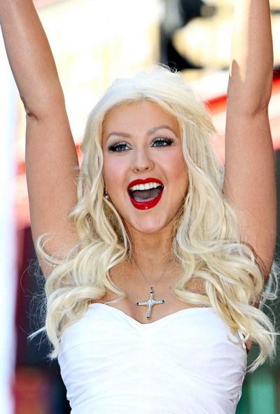 Christina Aguilera tìm thấy hạnh phúc bên người yêu mới. Ảnh: WENN.