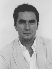 Nhà văn Rowan Somerville.
