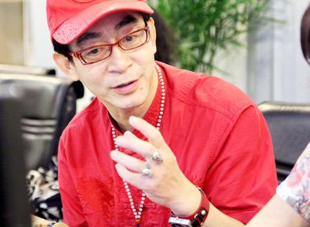 Diễn viên Lục Tiểu Linh Đồng rất thích màu đỏ.