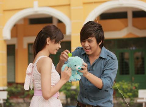 Trương Quỳnh Anh và Wanbi Tuấn Anh có nhiều cảnh diễn lãng mạn.