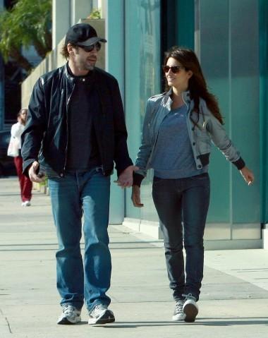 Vợ chồng Penelope Cruz và Javier Bardem.