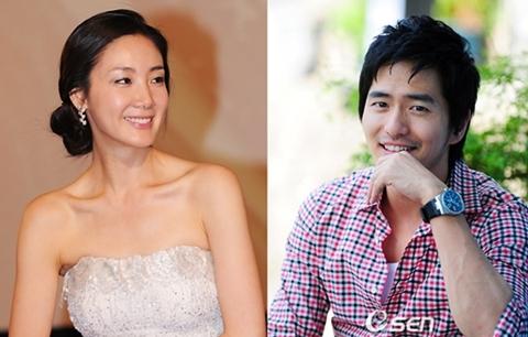 Đôi tình nhân mới chia tay Choi Ji Woo - Lee Jin Wook. Ảnh: