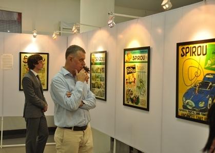 Độc giả trong không gian triển lãm tạp chí truyện tranh Bỉ Spriou.