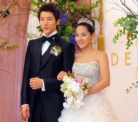 Eugene và Ki Tae Young gặp nhau năm 2009 khi đóng chung trong bộ phim Creating Destiny.
