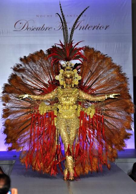 Hoa hậu Panama.