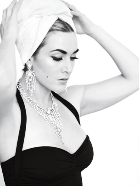 Kate đeo đồ trang sức của các hãng nổi tiếng do minh tinh quá cố sở hữu.