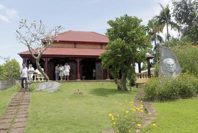Nhà lưu niệm Sơn Nam ở Mỹ Tho, Tiền Giang.