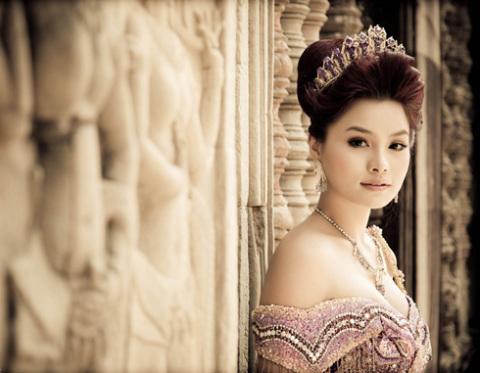 Ngày 6/11, Vũ Thu Phương tiến hành hôn lễ tại bờ biển xinh đẹp cũa đảo Phú Quốc.