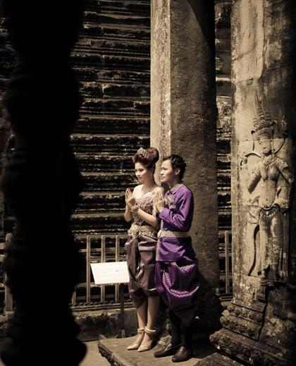 Chồng Vũ Thu Phương có dòng dõi Hoàng tộc Campuchia về đằng ngoại. Cha anh là người Việt, sang sinh sống ở Campuchia.