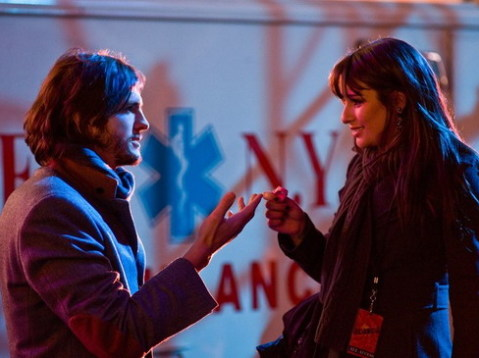 Ashton Kutcher đóng cặp với Lea Michele trong