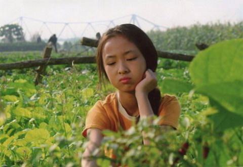 Phùng Hoa Hoài Linh trong một cảnh phim