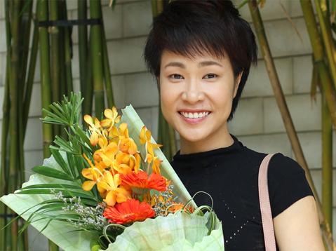 Album đầu tay giấc mơ tôi của Uyên Linh thu hút sự chú ý của người yêu nhạc.