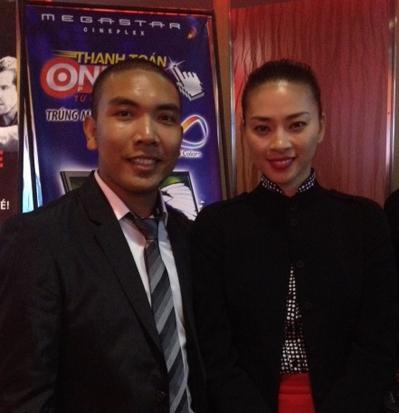 Giám đốc sản xuất Chung Minh và diễn viên Ngô Thanh Vân.