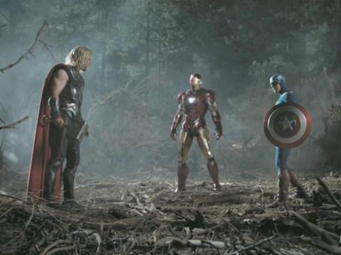 Thor, Người Sắt và Captain America trong một cảnh quay hấp dẫn. Ảnh: Marvel.