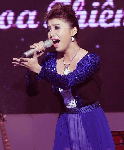 """Bài hát """"Đêm trắng"""" của tác giả Nguyễn Anh Vũ được thể hiện qua giọng ca của Tiêu Châu Như Quỳnh. Ca khúc mang một phong cách rock nhẹ, viết về thảm họa động đất tại Nhật Bản."""