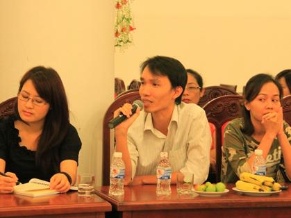Đại biểu Đoàn Minh Tâm chia sẻ ý kiến.