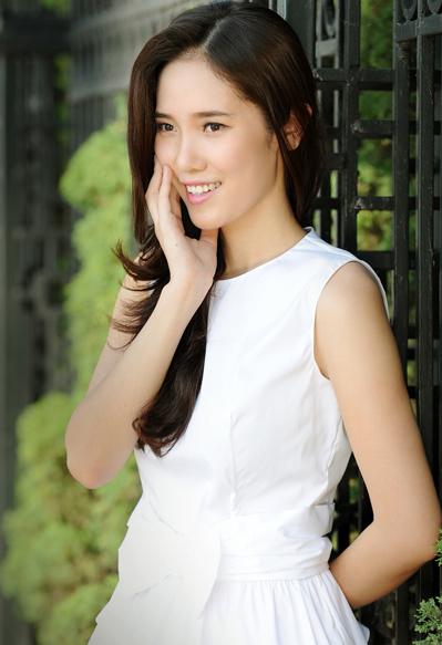 Trước khi dự thi Hoa hậu Việt Nam 2012, Nguyễn Thị Hà từng lọt vào bán kết Hoa hậu Thế giới người Việt.