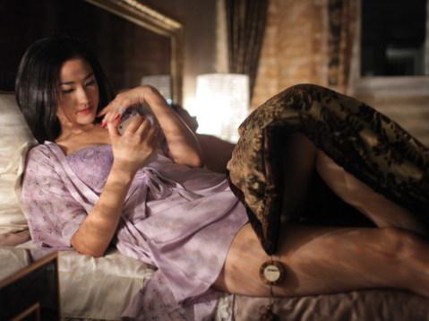 Maya trong vai Trà My - đối thủ cạnh tranh của Ý Linh cho ngôi vị