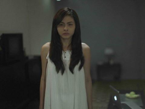 Vân Trang ma mị trong một cảnh phim