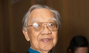 Giáo sư Trần Văn Khê dù yếu vẫn đi nghe nhạc dân tộc Hàn