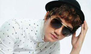 Chàng trai có phong cách sao Hàn