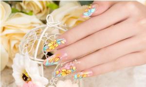 Trang trí nail chủ đề sắc hoa tình yêu