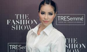 Hà Anh, Phạm Hương đọ tóc tết phá cách tại The Fashion Show