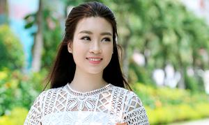 Hoa hậu Mỹ Linh giới thiệu nét đẹp áo dài Việt