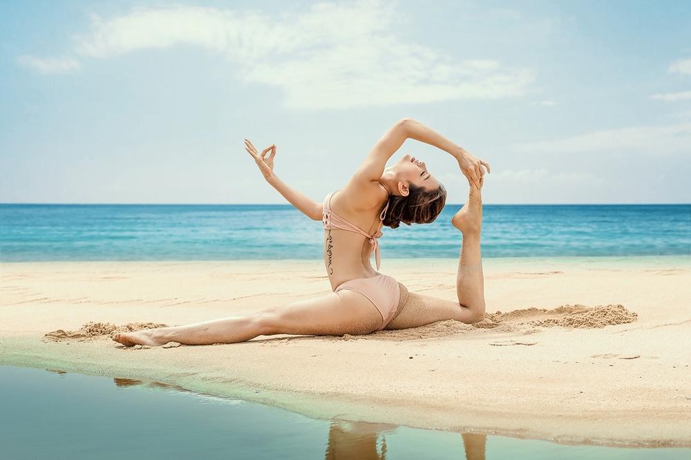 Phương Trinh Jolie mặc bikini tập yoga ở biển Phú Quốc - VnExpress ...