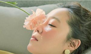 Gong Hyo Jin khoe nhan sắc rạng ngời ở tuổi 38