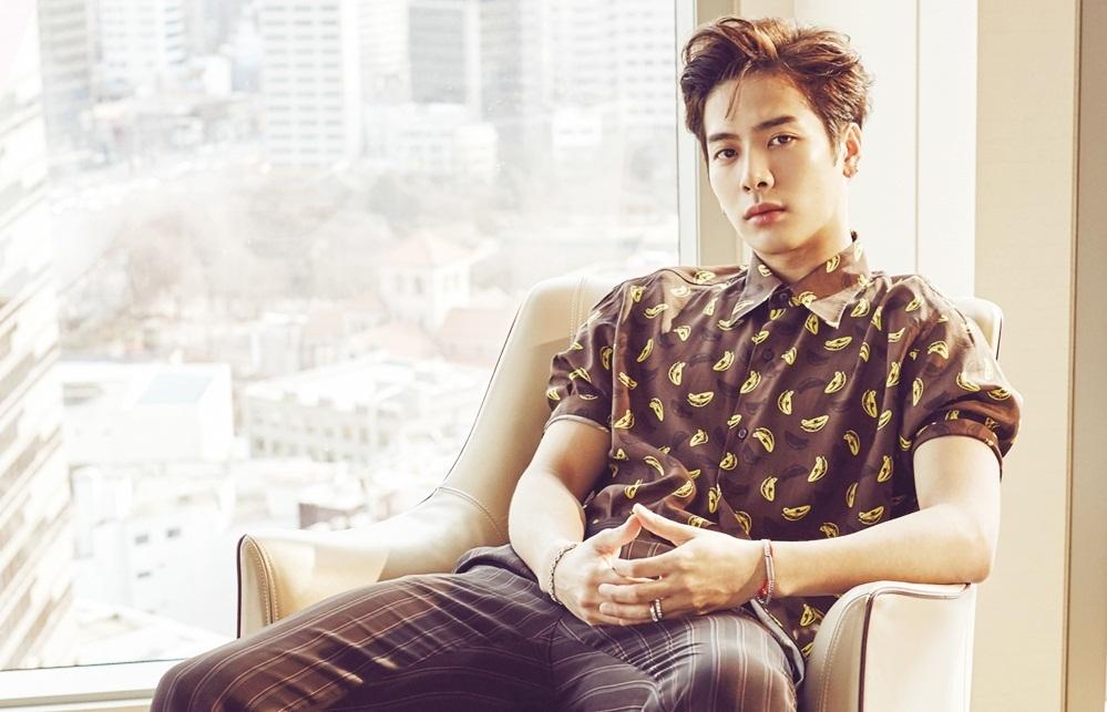 Tuyển thủ đấu kiếm Hong Kong hút triệu fan khi ca hát ở Hàn - VnExpress Giải trí
