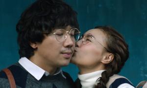 Phim Tết 2019: Doanh thu cao, lắm thị phi