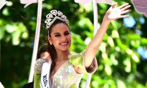 Hàng nghìn người Philippines đón Hoa hậu Hoàn vũ Catriona Gray