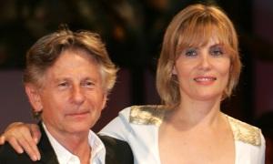 Vợ Roman Polanski chỉ trích phim khai thác bi kịch đời ông