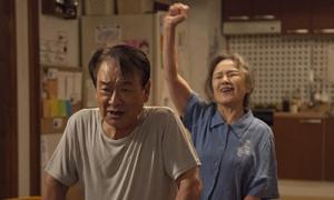 Phim 'Điều ba mẹ không kể': Khi tình yêu chữa lành vết thương