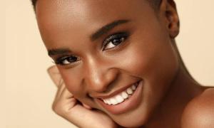 Người đẹp 25 tuổi đăng quang Hoa hậu Nam Phi