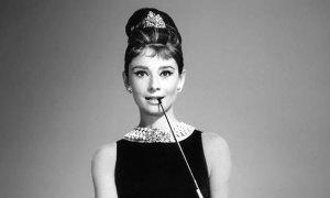 Little black dress - 'Nữ hoàng' váy tiệc