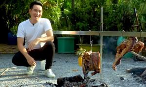 Nguyễn Phi Hùng làm thịt nướng Brazil