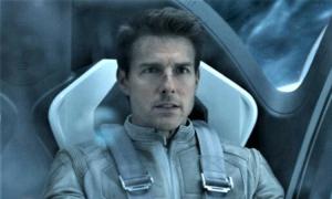 Phim ngoài vũ trụ của Tom Cruise công bố đạo diễn