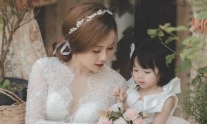Vợ cũ Hoài Lâm mặc váy cưới