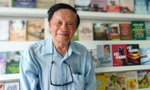 Nhà văn Vũ Hạnh ra mắt tiểu thuyết 'Người nhà trời'