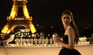 'Emily in Paris': Khi Paris không như mộng